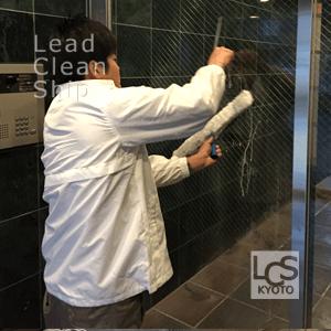 マンションのガラス清掃