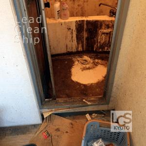 汚部屋の浴室清掃前・左京区