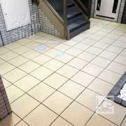 マンション共用階段の洗浄作業後