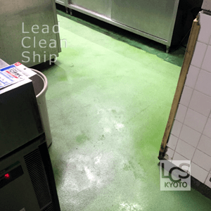 厨房床面清掃後3