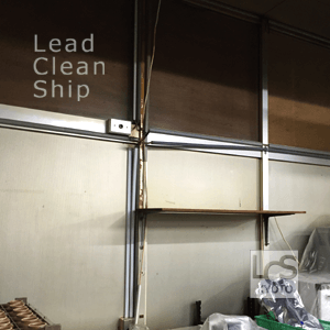厨房内壁面清掃後