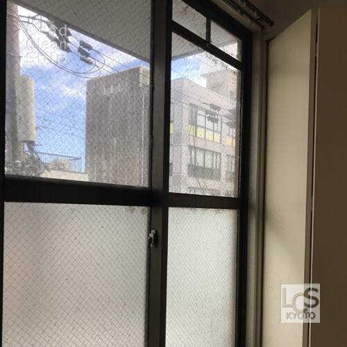 極度汚れ窓ガラス2