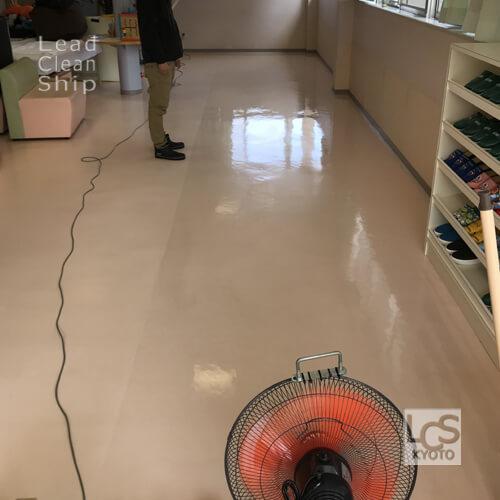 クリニックさま:床洗浄ワックス塗布:亀岡市2